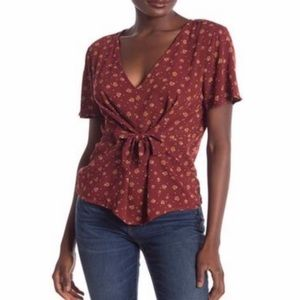 NWT 14th & Union V-Neck Tie Front Top in Burgundy